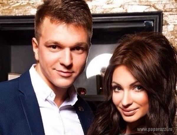 Евгения Гусева выложила пикантный снимок из постели с мужем