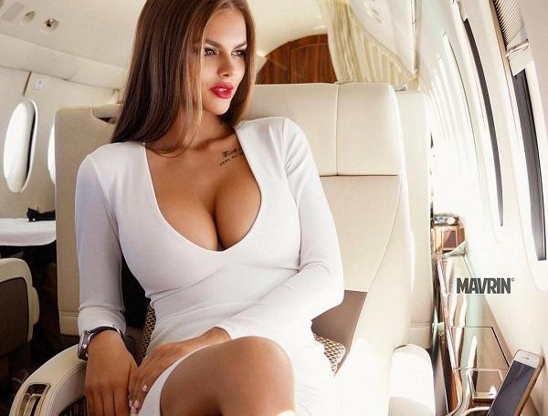 Виктория одинцова в платье