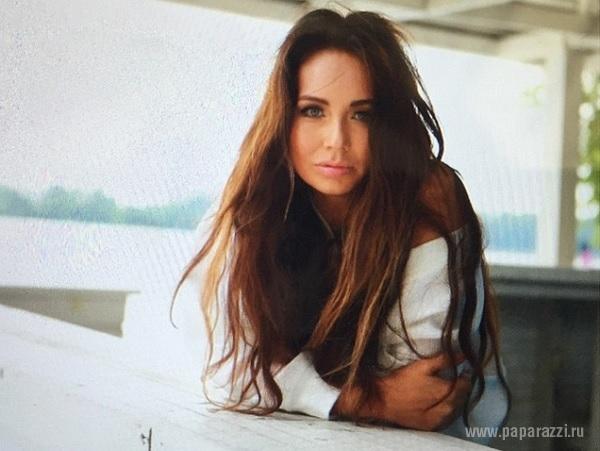 Вернувшись в Москву, Ляйсан Утяшева сходила на концерт и снялась в новой фотосессии (видео)