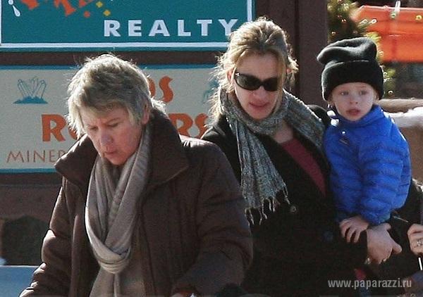 Джулия Робертс отчаялась, узнав о болезни своей мамы