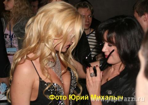 Анастасия Заворотнюк оценила грудь Миссис Мира .