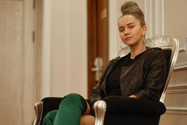 Оксана Яковлева опубликовала уморительное видео танцующего мужа - депутата