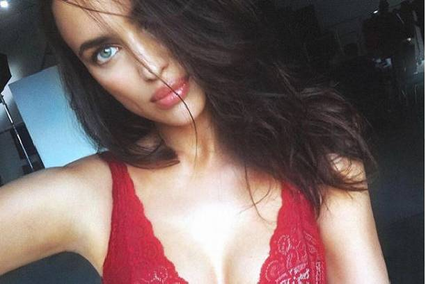 Ирина Шейк восхищает естественной красотой