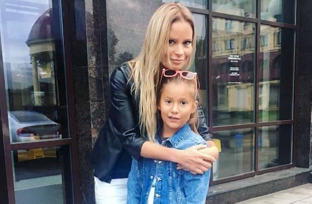 Дана Борисова готовится к долгожданной встрече с дочерью