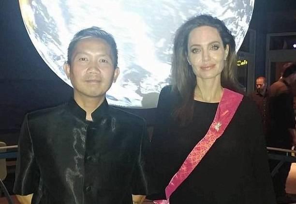 Анджелина Джоли нашла нового отца для своих детей
