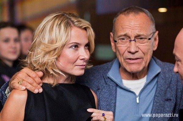 Дочку Андрея Кончаловская отключат от аппарата искусственного дыхания