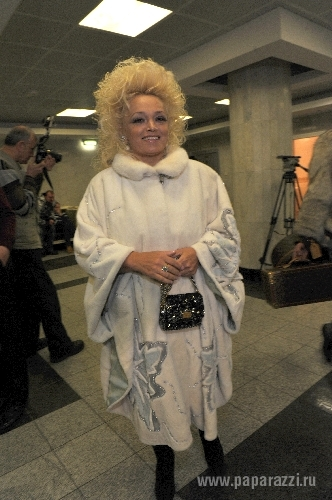 Надежда Кадышева попала в больницу: http://www.paparazzi.ru/blogs/Catherine/189192/