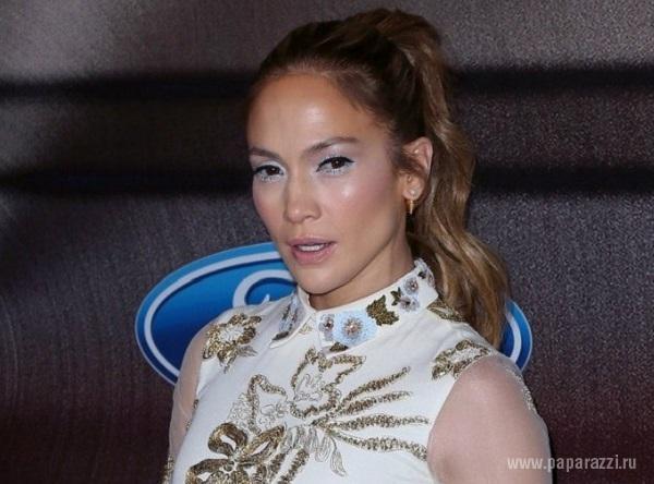 Дженнифер Лопес шокировала своим внешним видом