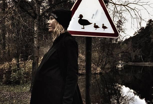 Отправившись рожать, Ксения Собчак пытается скрыть свое местонахождение