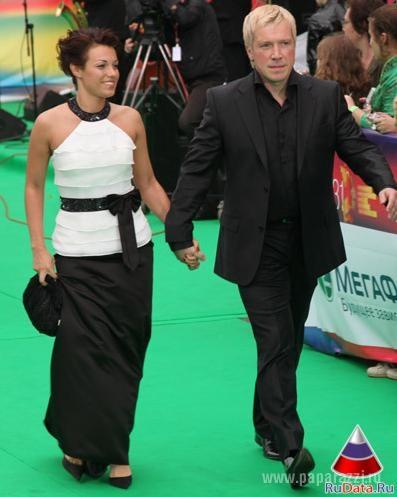 кравченко алексей фото с женой