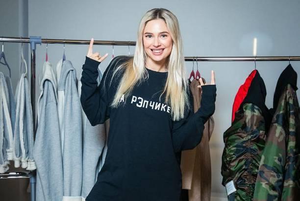 Наталья Рудова продолжает радовать поклонников откровенными снимками