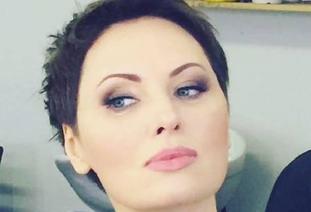Елена Ксенофонтова  фотографии  официальный сайт актрисы