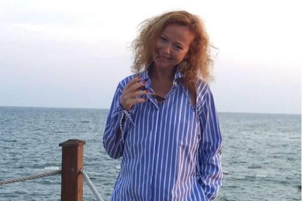 Елена Захарова демонстрирует идеальную фигуру после родов