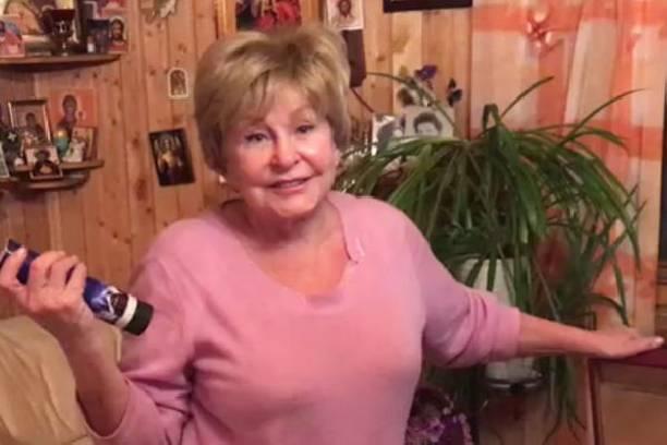 Ангелина Вовк показала фигуру на отдыхе