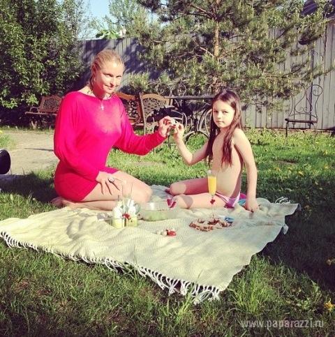 пикник без трусов
