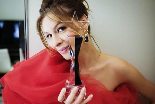 Елена Подкаминская восхитила шикарной фигурой спустя несколько месяцев после родов