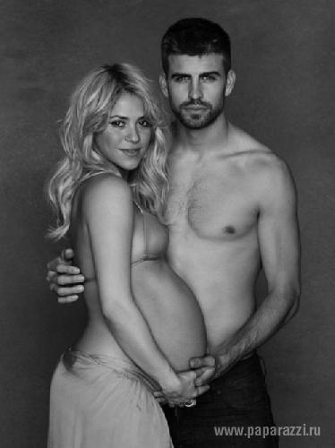 Накануне родов Шакира снялась полуобнаженной
