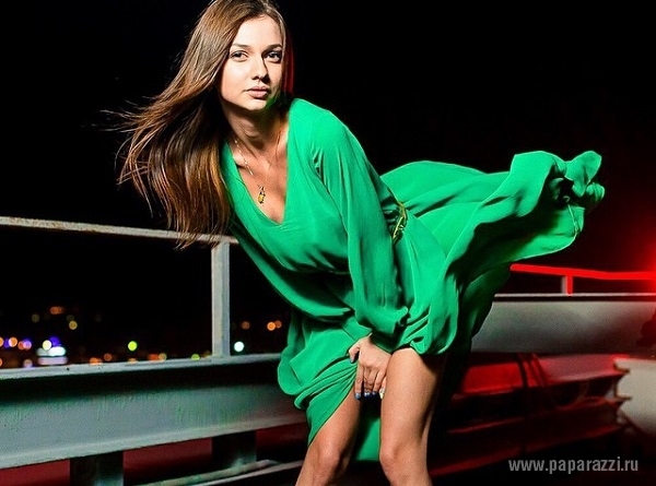 Невеста Тимура Батрутдинова Дарья Канануха прилетела в Москву