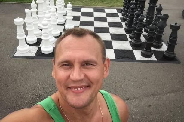 Степан Меньщиков рассказал, как изменится его отношение к неродному сыну