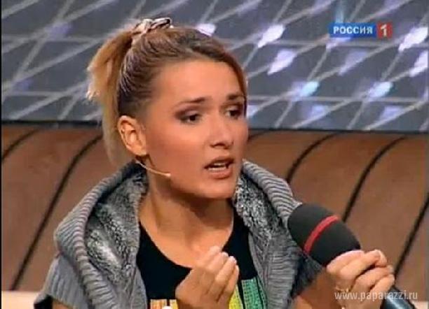 http://paparazzi.ru/upload/iblock/87d/87d618bcd69320ff9bc3a7e5fbcd176e.jpg