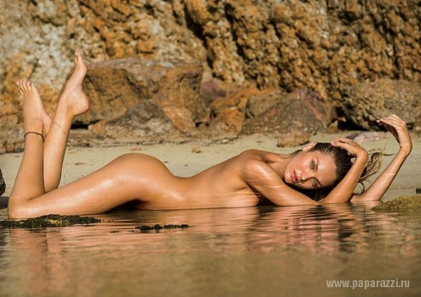 Кэндис Свэйнпол украсила мартовский номер мужского журнала Maxim