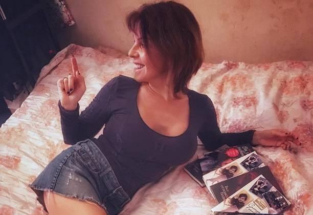 Наталья Штурм откровенно издевается над пьяницей Евгением Осиным