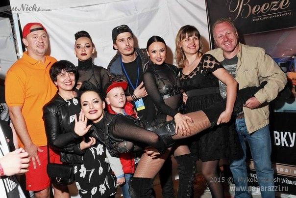 Группа NikitA сделали подарок поклонникам и собрали родных на открытие сезона 2015 в City Beach Club