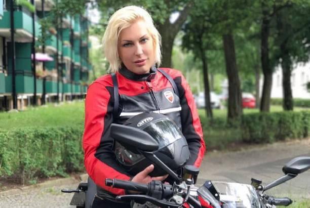 Беременная Елена Ясевич получает угрозы в свой адрес
