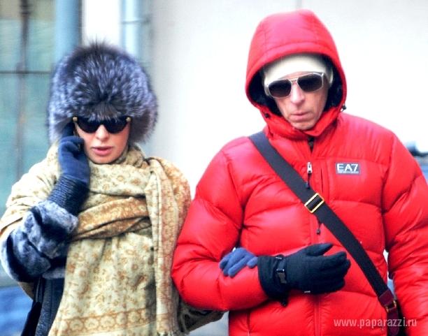 АМалия&Амалия выгуливает нового мужчину на морозе