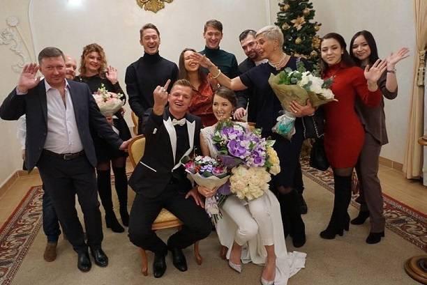 Стало известно почему Дмитрий Тарасов так быстро женился на Анастасии Костенко