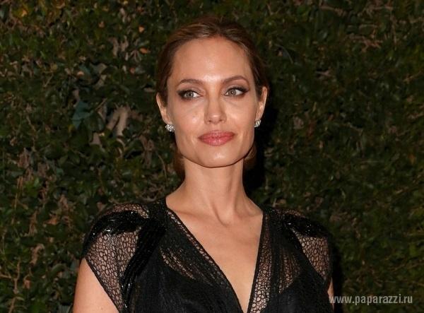 Анджелина Джоли сделала Брэду Питту роскошный подарок