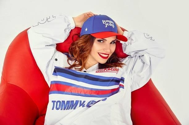 Певица MATAFONOVA сняла клип благодаря сайту знакомств