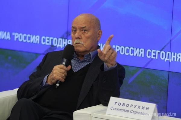 Станислав Говорухин не пускает зрителей в туалет