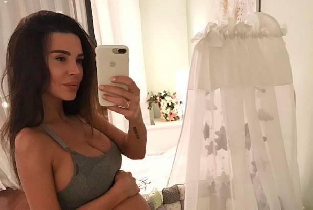 Оксана Самойлова впервые после родов рассказала о малышке