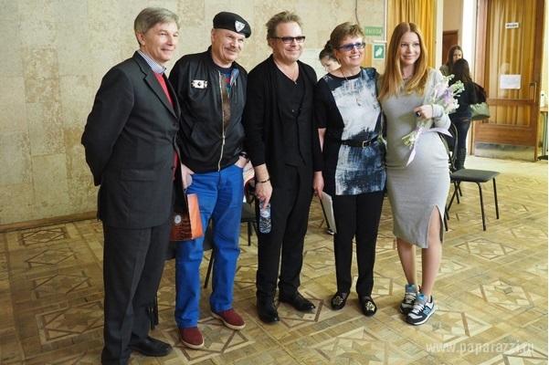 Владимир Пресняков сдал госэкзамены в институте с помощью беременной Натальи...
