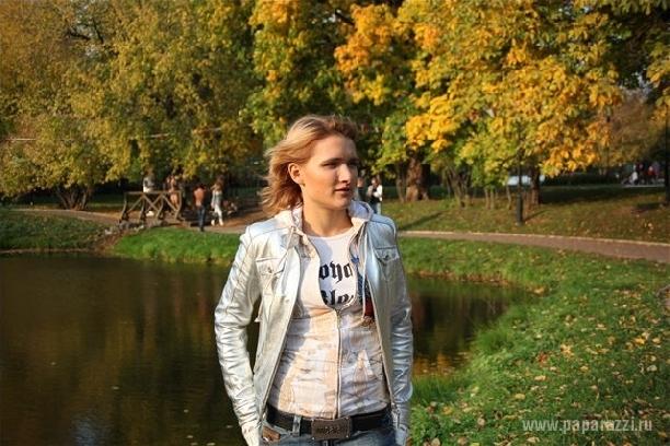 http://www.paparazzi.ru/upload/iblock/d17/d17b0a4f6e90b738d1b8ab4a9196ba6f.jpg