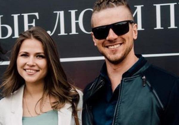 Героиня клипа «Лабутены» Юлия Топольницкая выходит замуж за юмориста Игоря Чехова