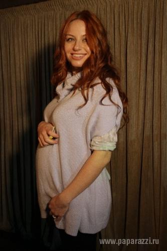 Беременная Ирина Забияка не останавливает гастроли