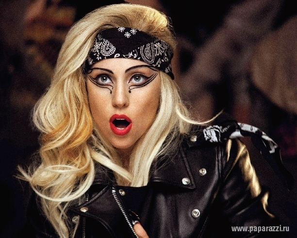 Леди Гага сделали операцию