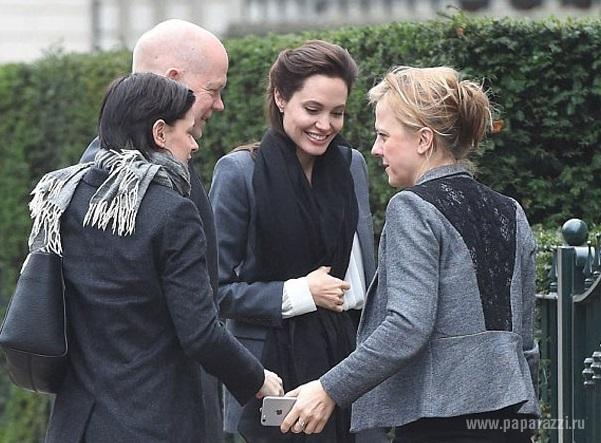На Западе обеспокоены состоянием здоровья Анджелины Джоли