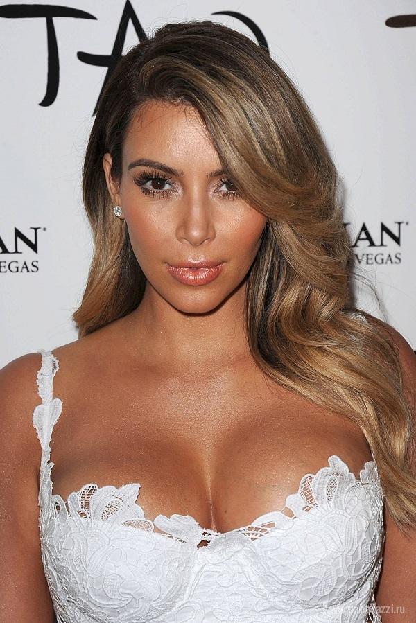 Ким Кардашиан испортила кожу накануне дня рождения