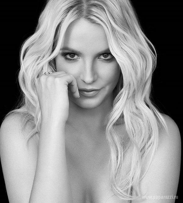 Бритни Спирс порадовала поклонников новой фотосессией