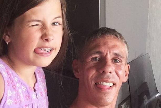 Дочь Алексея Панина позволяет себе грубые высказывания в адрес матери