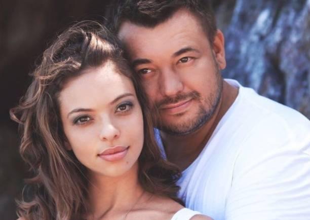 Жену Сергея Жукова Регину Бурд поздравляют с четвертой беременностью