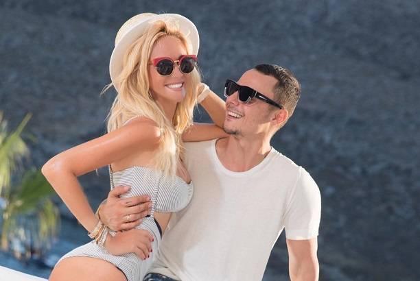 Невеста Николая Баскова Виктория Лопырева весело проводит время в компании других мужчин