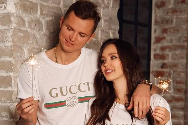 Беременная Анастасия Костенко сменила имя и фамилию