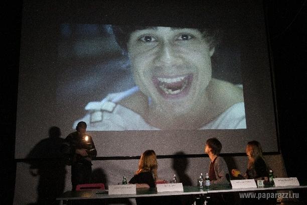 Александр Рыбак посвятил клип сумасшедшей фанатке и хочет спеть с Бурановскими Бабушками