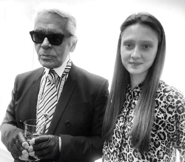 Карл Лагерфельд  и Эвелина Самсончик взорвали в Париже мир высокой моды