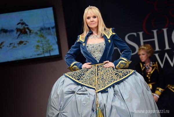 Валерия, Денис Клявер и «пуговка» Катя Старшова приняли участие в царской охоте