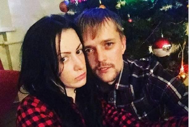Супруга сына Сергея Зверева скрывает внебрачного ребенка